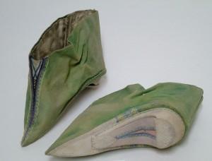 Woman's Lotus Shoes